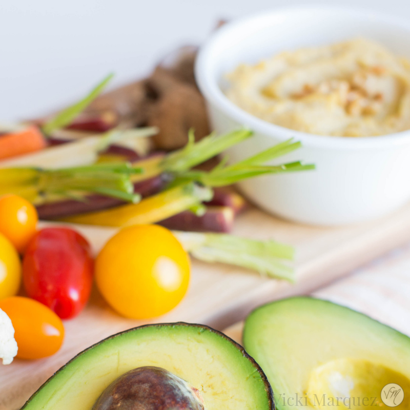 Roasted Garlic Hummus Plate
