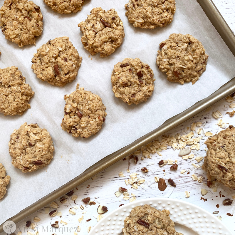 Soft and Chewy Oatmeal Cookies VM3